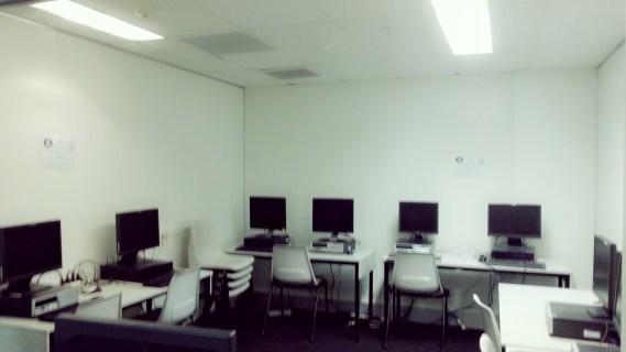 14_Computer room