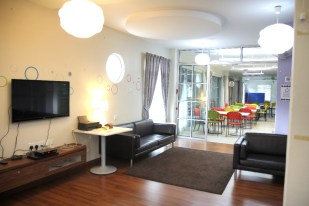 11.Boarding House Chill out area