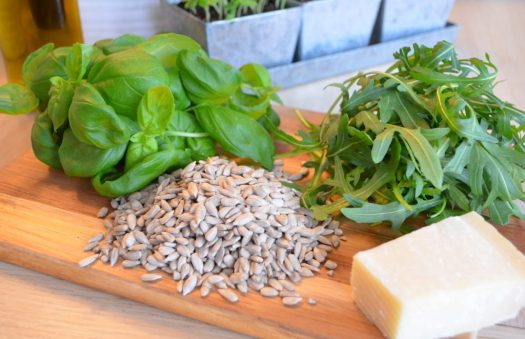 Pesto på basilika och ruccola
