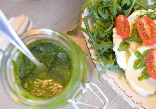 äta och odla basilika