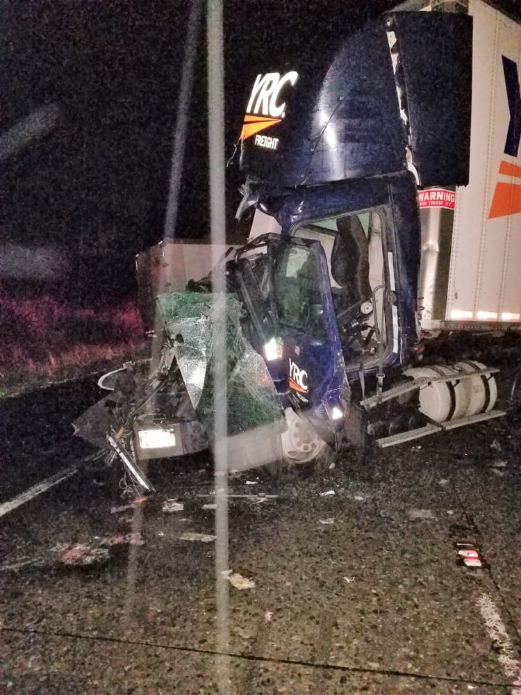 Troopers Respond to Semi-Truck Crash on I-5 - Skagit Breaking