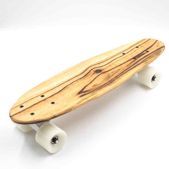 skateboard shortboard
