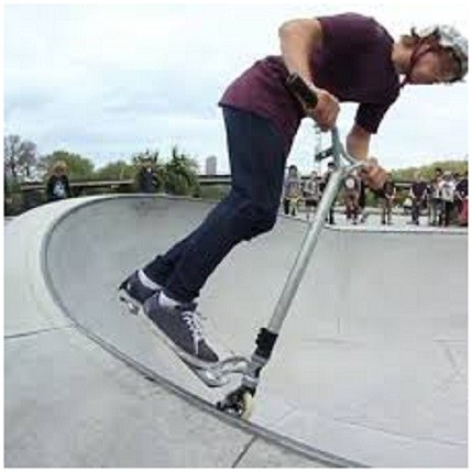 Skateboard vs Scooter : Best Scooter can be very useful if you intend to travel short distance