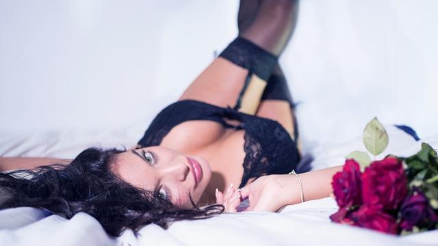 Frau die mit dir ins Bett gehen will ;-)
