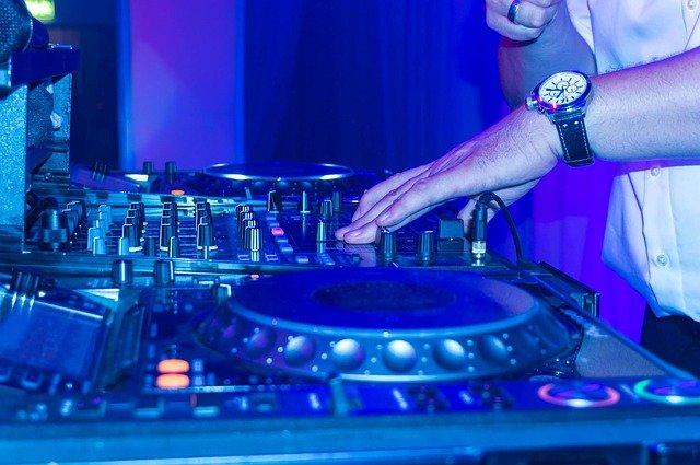 Disco DJ Scratchen