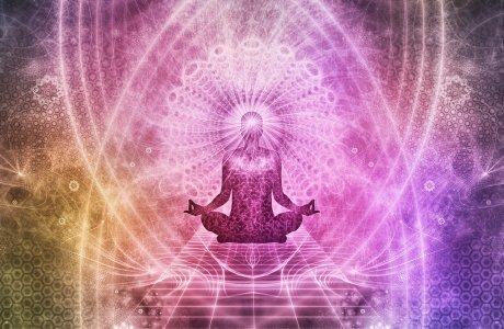 Person Meditiert Bunte Farben Schwebt