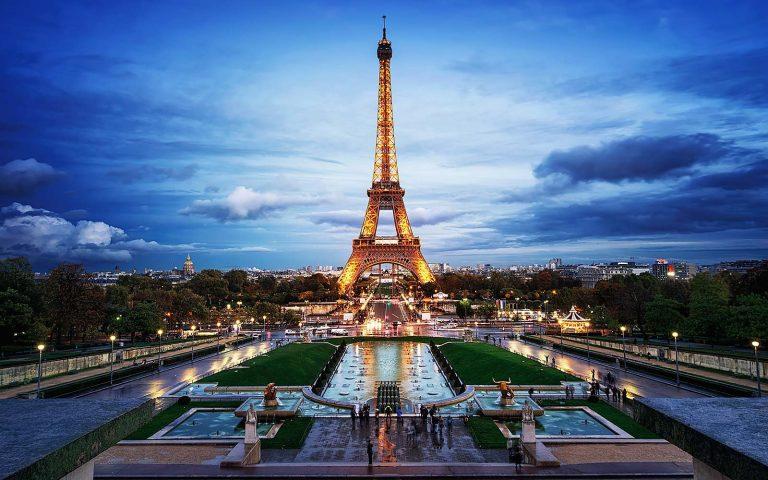 France mandates vaccines