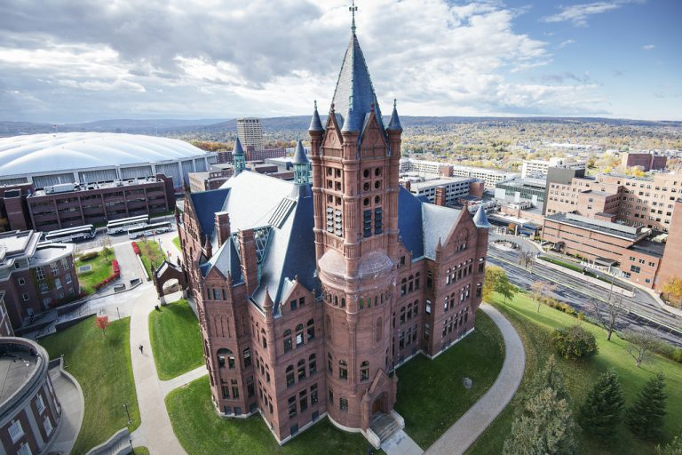 Syracuse University mumps outbreak