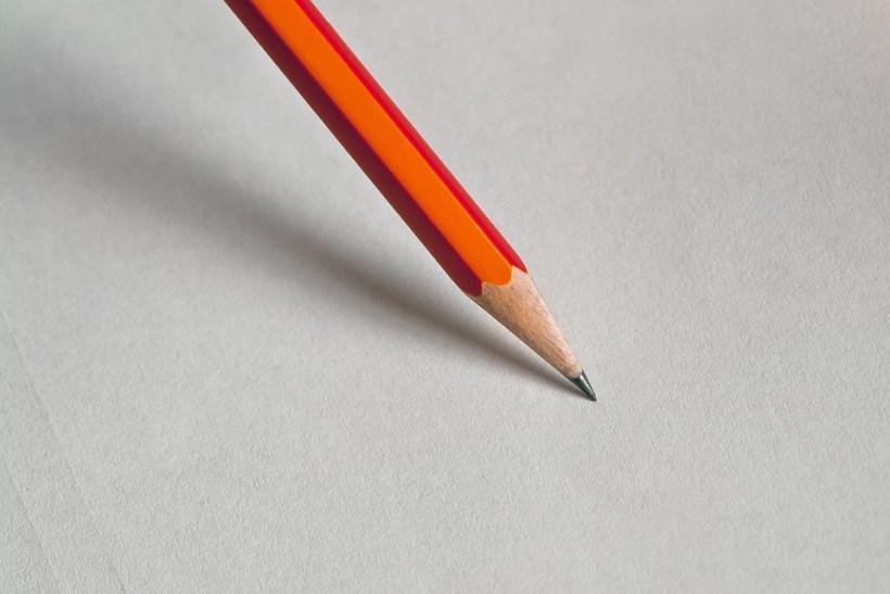 Den Bleistift halten