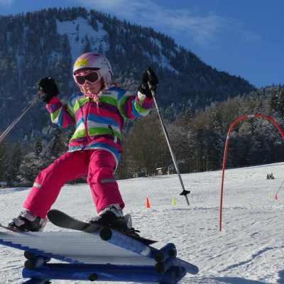 Skikurs_Kind_Sprungschanze