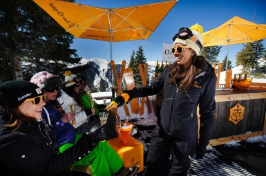 Celebrate each other and the beatufiul scenery at Aspen's Oasis mobile champagne bar. pc: Aspen/Snowmass
