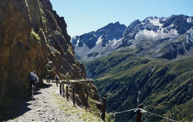 Passo di Gavia in Bormio, Italy. pc: will_cyclist/Flickr