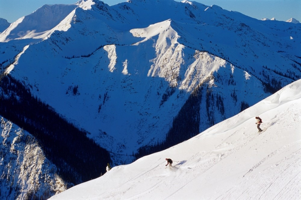 Kicking Horse heli skiing