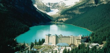 The emerald waters of Lake Louise in summertime.