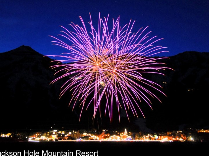 Jackson Hole fireworks, Jackson Hole New Year's Eve fireworks, Jackson NYE celebrations