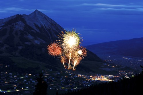 Crested Butte Fireworks, Crested Butte NYE, Crested Butte New Year's Eve Fireworks