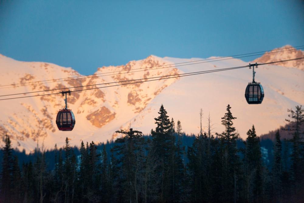 spring skiing Aspen Snowmass