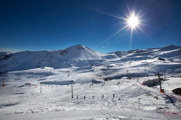 50 lifts, 100 trails and 7,000 acres make up Valle Nevado's Three Valleys ski area | Photo: Morten, Valle Nevado