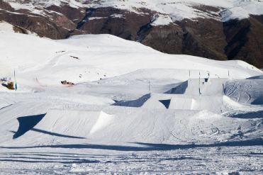 Valle Nevado snowboarding