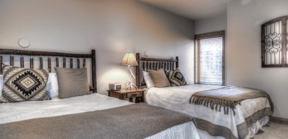 Vacation rentals, like Vail's Lions Square Lodge, provide spacious bedrooms that will make you feel right at home. | Photo: Wyndham Vacation Rentals
