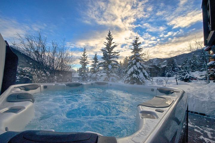 Moose Creek Jackson Hole lodging, Teton Village lodging