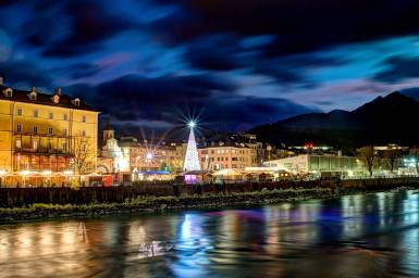 Innsbruck's Christmas Market is renowned as one of the best in all of Europe. | Photo: Inns'bruck