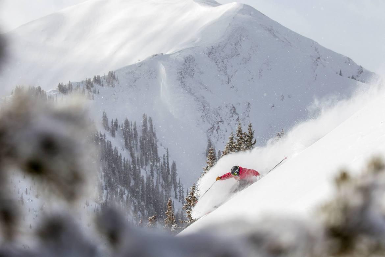 Aspen Snowmass spring break ski vacation guide