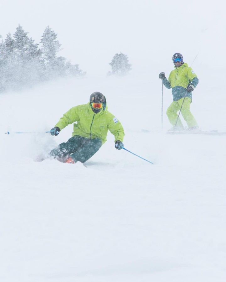 how to learn to ski powder