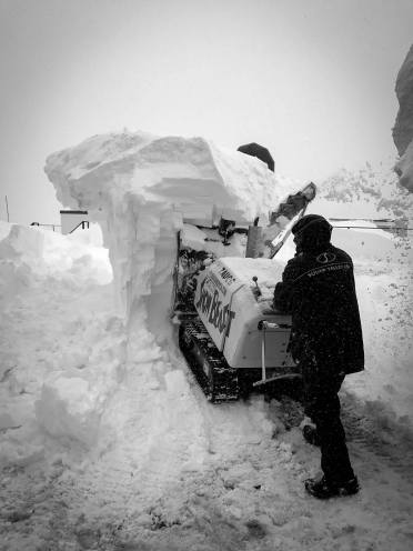 squaw valley snow 2016-17
