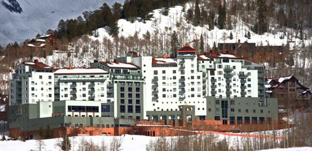 peaks hotel and spa