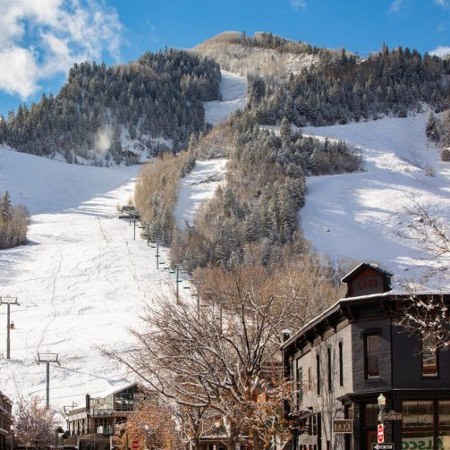 early skiing Aspen Snowmass