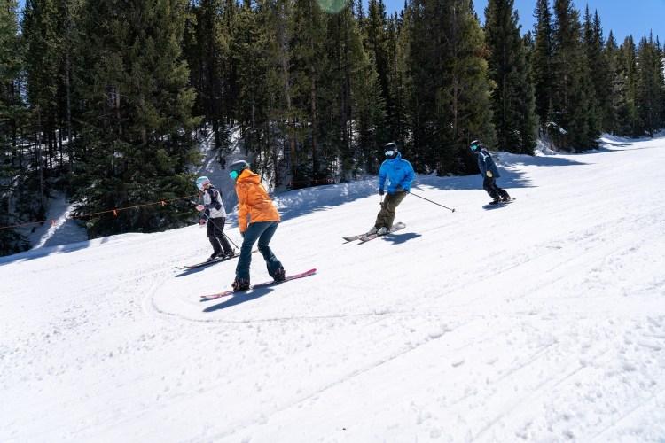 Breckenridge may skiing and closing date
