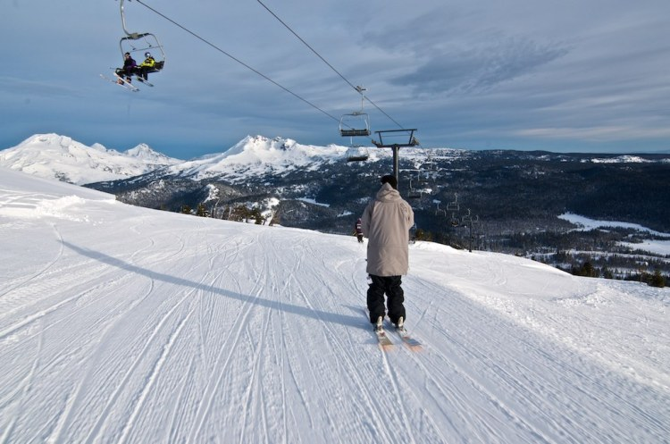 Mt Bachelor spring skiing and closing date