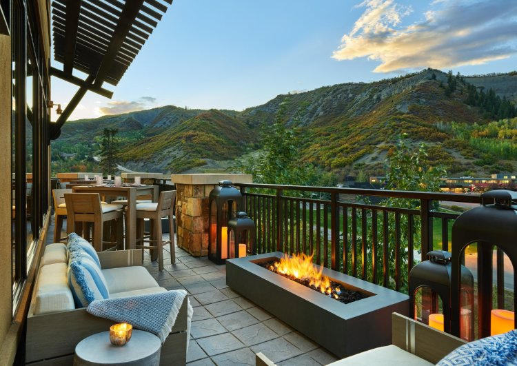 Where to stay in snowmass summer