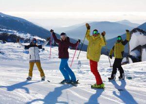 family skiing thredbo