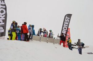Course de snowboard organisée par la Section SNOW du club
