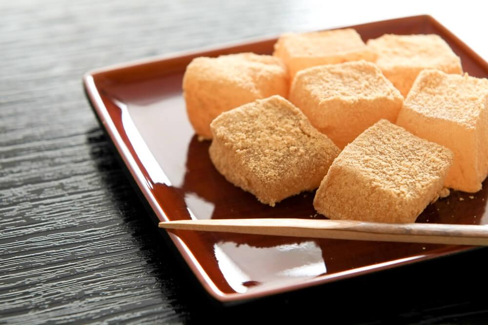 Doce japonês - Warabi Mochi