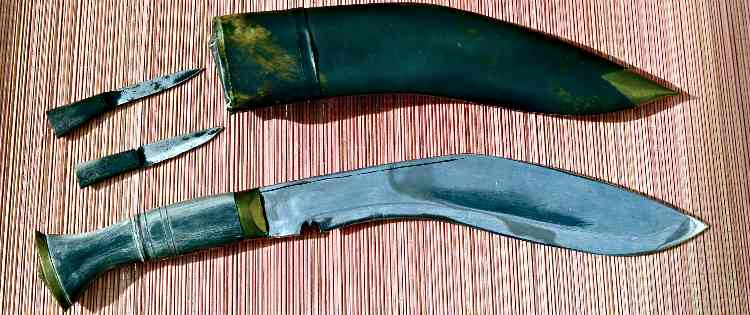 Kukri Knife with Sheath