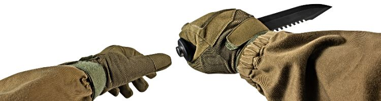 Tactical Winter Gloves WIth Knife In Hand