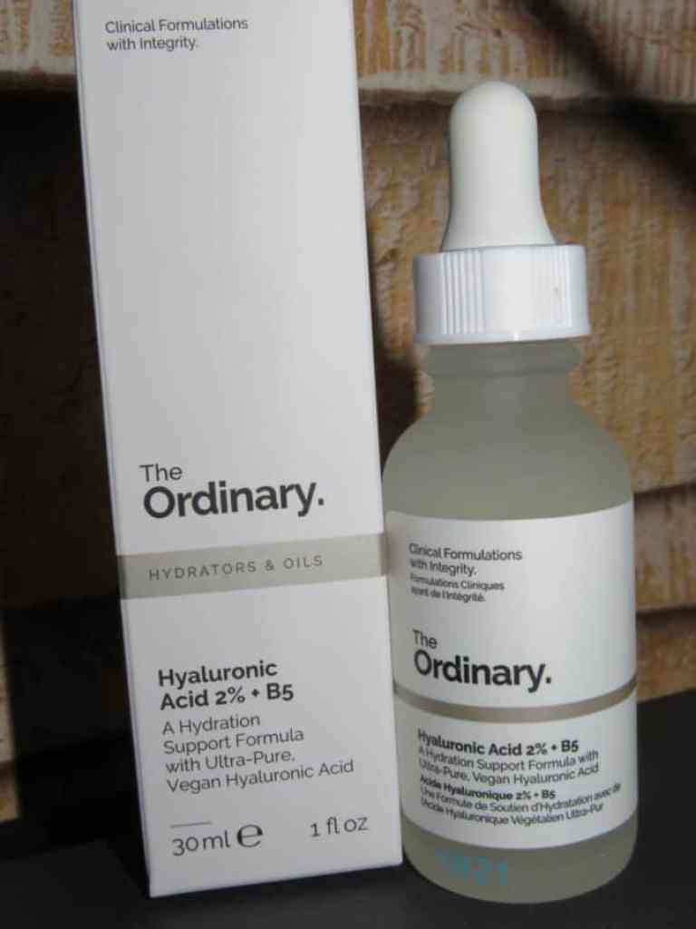Flesje + verpakking hyaluronic 2% + B5 van the ordinary