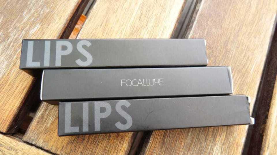 Verpakking van lipgloss focallure bij Koopjesaap