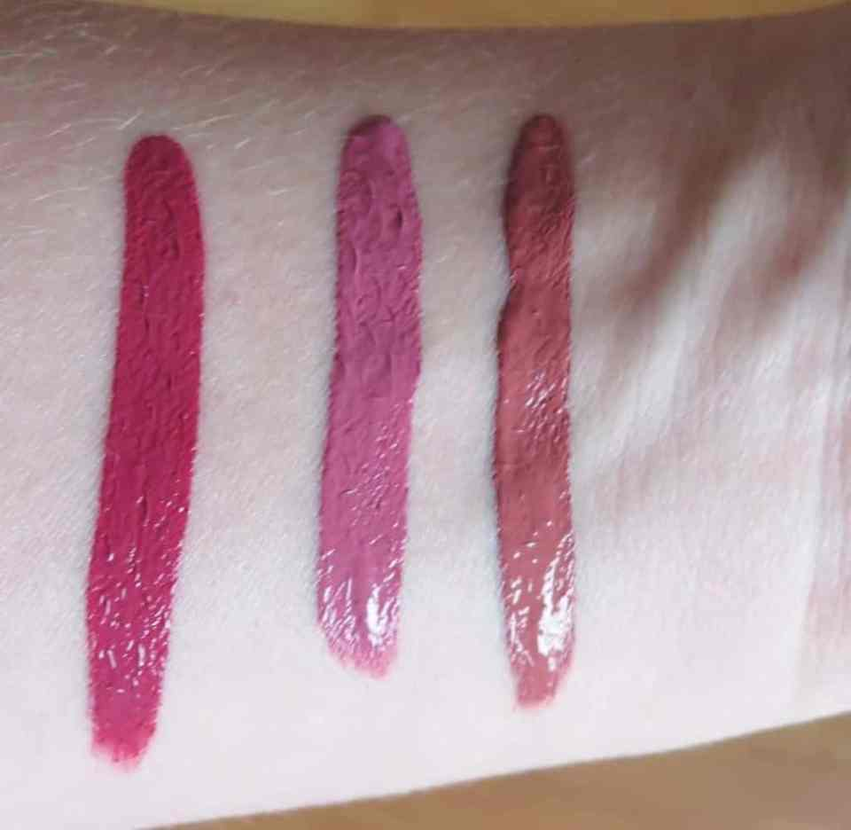 Swatches waterproof lipgloss focallure