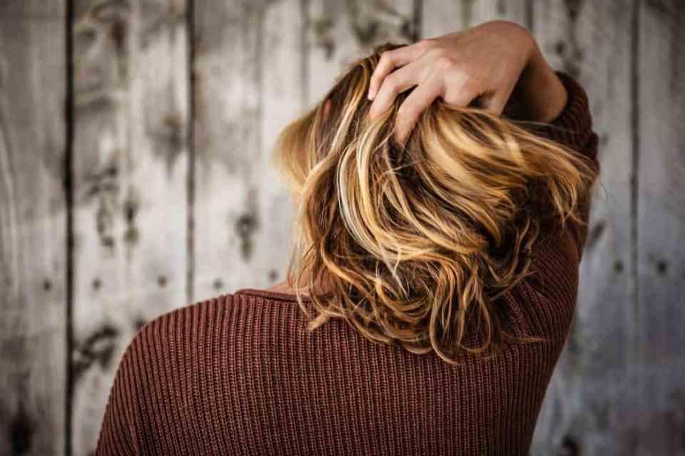 vet haar, wasbeurt uitstellen van je haren, minder haren wassen, minder shampoo