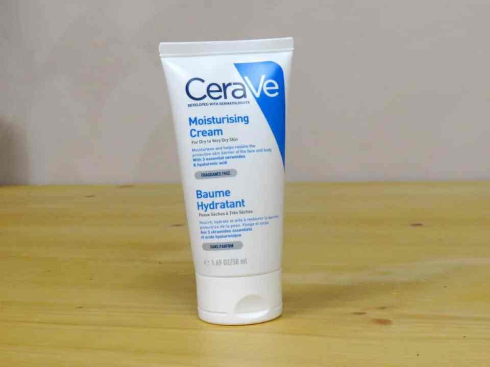 CeraVe moisturizing cream, dagcrème droge huid, droge huid, zeer droge huid, hydraterend, verzorgend, anti-aging