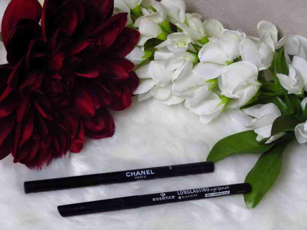 Chanel Paris stylo yeux waterproof, vlekkerig, niet intens zwart, waterrand, eyeliner VS Essene long lasting eye pencil, intens zwart, niet vlekkerig