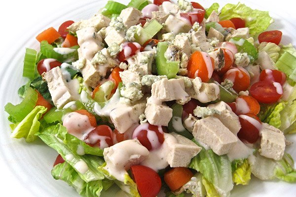 Low-Calorie,-Buffalo-Ranch-Chicken-Salad-Photo
