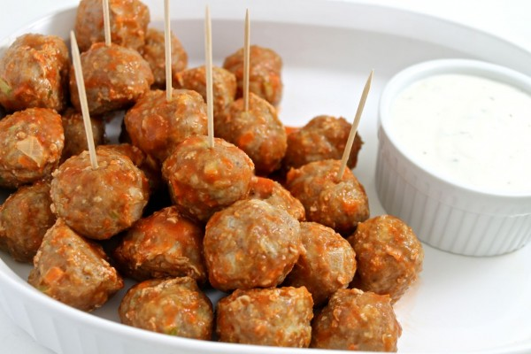 buffalo-turkey-meatballs-photo-e1423942561380