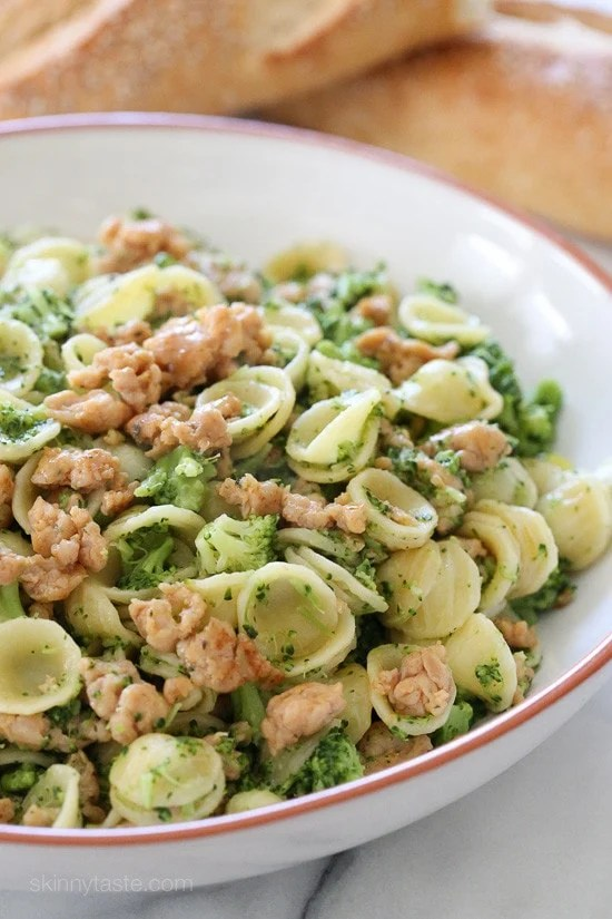 Orecchiette Pasta with Chicken Sausage and Broccoli – an easy kid-friendly dinner ready in less than 20 minutes!