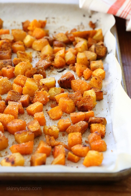Roasted Seasoned Winter Squash Medley is seasoned with a savory, sweet, spicy and smoky seasoning blend. SO good and a huge hit with my husband!