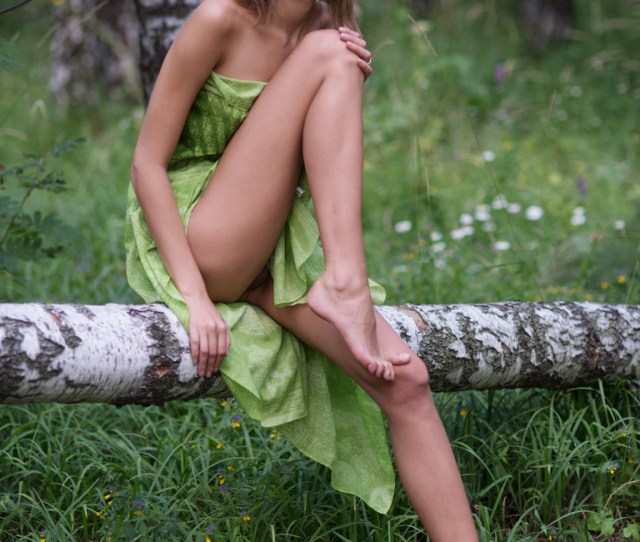 A Leggy Teenager Skinny Girl Spread Wide Her Nude Legs And Shows Her Skinny Little Ass And Tiny Pussy